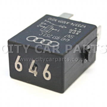AUDI VW SEAT 646 5-PIN MULTI-USE / FUEL PUMP RELAY 4H0951253C SN7 V23374-A1001-X010